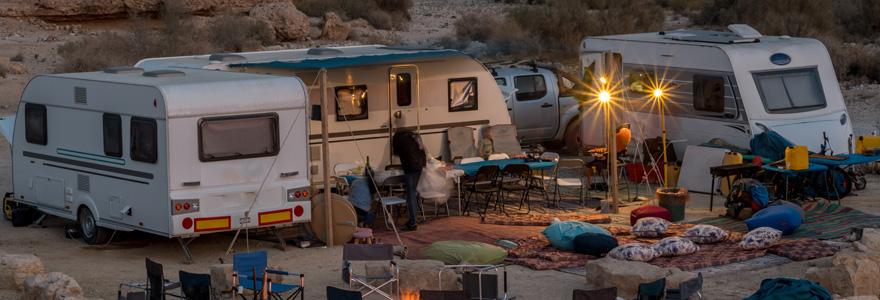 Camping car en campagne